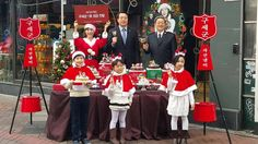 Start des Topfstehens, der Heilsarmee-Weihnachtssammelaktion für Bedürftige, in Südkorea (2014).