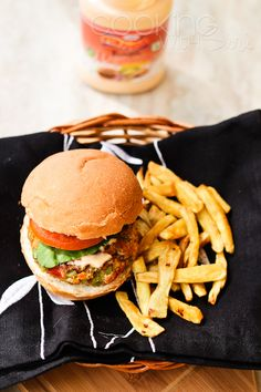 {Healthy Recipes} Vegan Red Bean and Oats Burger with Sweet Potato Fries