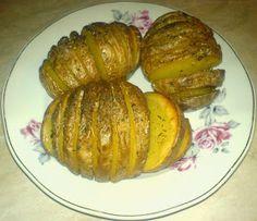 Retete Culinare Preparatedevis.ro: Cartofi copti Potato Recipes, Baked Potato, Potatoes, Baking, Ethnic Recipes, Food, Diet, Fine Dining, Salads