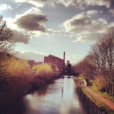 Canal Leeds, Pretty Cool, Ecology, Rivers, Yorkshire, Boats, Beautiful Places, Landscapes, Country Roads