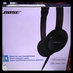 Bose On Ear Headphones  NEW Bose On Ear Headphones Samsung Galaxy Smartphone IPOD/IPHONE/IPAD 715594-0010 Advanced acoustic design brings out the depth and clarity of your music. Contemporary new design adds style to the high-quality audio performance. Slim headband and memory foam ear cushions provide a comfortable, on-ear fit. Inline remote and microphone conveniently control select iPod, iPhone and iPad models and Samsung Galaxy devices. Fold-flat, collapsible design for easy portability…