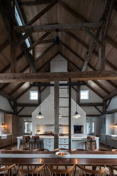 Another tastefully renovated barn house, with modern accessories but thankfully intact soul! One look at it and you could definitely see yourself being comfortable and cozy in here. I fall easily for those dark, unfinished, wooden beams. Metal Building Homes, Building A House, Rustic Kitchen, Country Kitchen, Kitchen Modern, Kitchen Sink, Kitchen Ideas, Kitchen Decor, Kitchen Cabinets