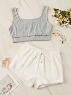 Cute Lazy Outfits, Teenage Outfits, Outfits For Teens, Trendy Outfits, Girls Fashion Clothes, Teen Fashion Outfits, Girl Outfits, Preteen Fashion, Fashion Sets