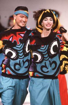 Japanese Designer Kansai Yamamoto Has Died at 76 | Vogue Kansai Yamamoto, Yohji Yamamoto, Brooklyn Museum Of Art, Teased Hair, Image Model, Rei Kawakubo, Ziggy Stardust, Paris Shows, Style Snaps