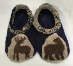 Upcycled Sweater Slippers with Leather Soles by TheBackyardBear Upcycled Sweater, Cottage Chic, Wool Sweaters, Baby Shoes, Slippers, Trending Outfits, Unique Jewelry, Leather, Clothes