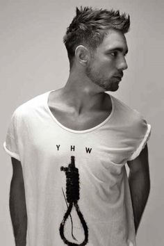 http://www.menhaircutsmag.com/wp-content/uploads/2014/09/Short-sleek-hairstyles-for-men-2015.jpg LIKE