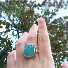 Anel com ágata azul céu, sintonia da natureza para sua joia. #possebonjoias #possebon #pedrasnaturais #pedrasbrasileiras #agate #agata #gemstone #fashionjewelry #madeinbrazil #joiasfolheadas #landscape #ring #anel #pedranatural #goodluck Gemstone Rings, Gemstones, Instagram, Jewelry, Agate Rock, Natural Stones, Nature, Rings, Jewlery