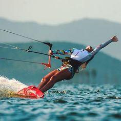 Perfection, beauty and bliss! @millakferreira #kiteboarding