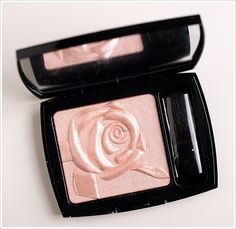 Lancome Moonlight Rose Illuminating Powder
