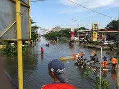 #JKTU RT @RSUnited20: banjir di Pluit Village  (via @nabilaaII)