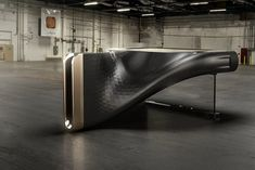 The Exxeo is a hybrid piano that carries an eloquent design that's crafted out of a material more commonly used within the automotive industry Carbon Fibre. Die Macher, Automotive Design, Design Awards, Carbon Fiber, Piano, Design Inspiration, Modern, Industrial Design, Product Design