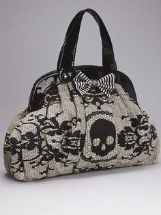 skull bag, im pretty sure i neeeeed this!  #handbag