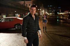 Paramount Pictures have released the official Australian trailer for Jack Reacher, the film adaptation of New York Times best-selling author Lee Child's 9th book in his Jack Reacher novel series, titled One Shot.The film stars action-film veteran Tom Cruise as the title character, an ex-military investigator, and iswritten and directed by The Usual Suspects screenwriter, Christopher McQuarrie.