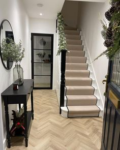 Hallway Inspiration, Living Room Decor Inspiration, Entrance Hall Decor, House Entrance, Dream Home Design, Home Interior Design, House Design, Open Plan Kitchen Living Room, Home Living Room