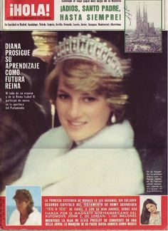 An image from Hola! 1995 of Diana wearing the lover's knot