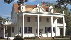 Favorite Movie houses: The Notebook, Family Stone, Hope Floats