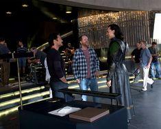 ComicBookMovie.com: THE AVENGERS Unseen Photos And Videos Spotlight Tom Hiddleston's LOKI Behind-the-Scenes (9/27/12)