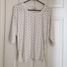 XXI suede top Adorable cut out suede like top from Forever 21. So soft. Great condition. Thanks for looking!! Forever 21 Tops Tunics