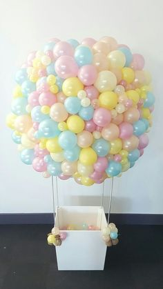 Creative way to use balloons! #Balloons #BalloonDecor #BalloonArrangements  #Party #PartyIdeas #PartyDecor Decoration Party Ideas, Air Ballon, Hot Air Balloon, Baby Party, Shower Party, Baby Shower Parties, Ideas Divertidas, Balloon Arrangements, Balloon Decorations