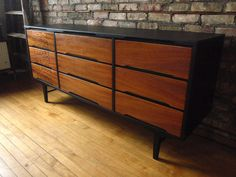 Phantastic Phinds: Refinishing Mid Century Furniture you can sand and use some mahogany or walnut colored varnish Retro Furniture, Refurbished Furniture, Furniture Makeover, Painted Furniture, Diy Furniture, Furniture Websites, Inexpensive Furniture, Furniture Movers, Mid Century Credenza