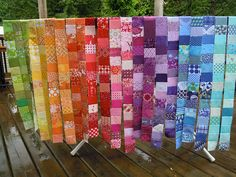 love the colors! Cushions To Make, Pin Cushions, Postage Stamp Quilt, Postage Stamps, Quilt Patterns, Quilting Ideas, Pattern Pictures, Traditional Quilts, Small Quilts