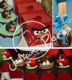 Cupcakes de chocolate com recheio de doce de leite decorados com personagens em pasta americana em 3D;  Caixinhas do Red Bird com Marshmallow; Pão de mel no palito;  Trufas decoradas com ninhos em pasta americana (3D) e o próprio Red Bird (3D)!