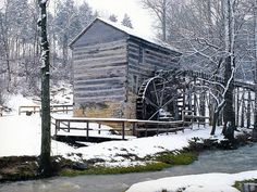 Indiana Squire Boones Grist Mill ~ Daniel Boone's brother, Squire Boone, built this village after discovering the caverns on the property while he and Daniel were escaping Indians.  REALLY want to visit!!!