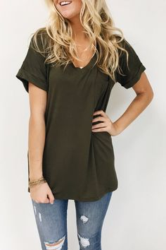 Classic Pocket Tee in Olive | ROOLEE