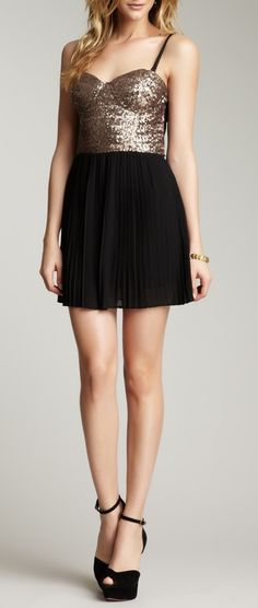 Sequined Party Dress / MINKPINK