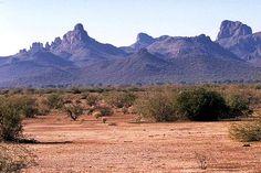 Arizona (desert and mountains along I-40)