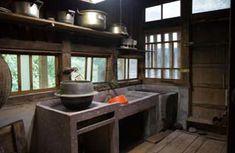 古民家の台所 Japanese Style House, Traditional Japanese House, Traditional Kitchen, Japanese Buildings, Japanese Architecture, Resort Interior, Japanese Lifestyle, Japanese Kitchen, House In The Woods