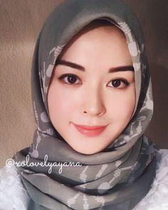 Muslim Girls, Muslim Women, Abaya Pattern, Black Hijab, Hijab Collection, Muslim Beauty, Islamic Fashion, Girl Hijab, Beautiful Hijab