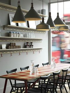 The crêperie LA PETITE BRETAGNE in London - and the stetica of traditional French bistro and crafts of Britain