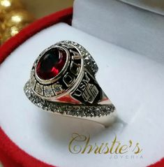 Class Ring, Jewlery, Delaware, Carrera, Rings, Boards, Fashion, Stones And Crystals, Floral Design
