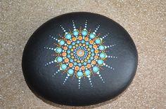 Pintada piedra Mandala