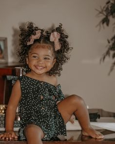 Cute Little Girls Outfits, Cute Little Baby, Pretty Baby, Cute Baby Girl, Childrens Hairstyles, Baby Girl Hairstyles, Beautiful Black Babies, Beautiful Children, Cute Mixed Babies