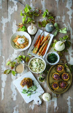 "Co-host of HGTV Canada's ""Love It or List It Vancouver"" & Former Bachelorette, Jillian Harris, shares 10 Simple Vegan Alternatives for Your Thanksgiving Dinner. Pumpkin Pecan Pie, Pumpkin Recipes, Vegan Sour Cream, Sweet Potato Pecan, Easy Holiday Recipes, Dairy Free Cheese, Salad Topping, Vegan Thanksgiving, Healthy Foods To Eat"