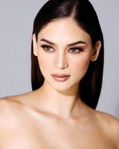 Miss Universe 2015 Winner: Miss Philippines Pia Wurtzbach from Cagayan De Oro Filipina Makeup, Filipina Beauty, Beauty Make-up, Hair Beauty, Asian Beauty, Make Up Looks, Wedding Hair And Makeup, Bridal Makeup, Baddie Make-up