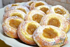 New Easy Cake : The cakes are perfectly smooth thanks to the rolled break. Slovakian Food, 5 Ingredient Desserts, Hungarian Desserts, Low Calorie Desserts, Dough Ingredients, Desert Recipes, Cakes And More, Pain, Sweet Recipes