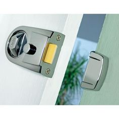Yale Y3 Nightlatch 60mm Backset Chrome Chrome Safety And Security Latches