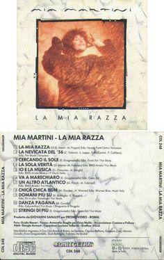Mia Martini, La mia razza (1990) batteria: A.Marangolo, M.Ciaramella, M.DeiLazzaretti; basso: M.Galli (1,2,5,7,8,9,10), R.Zurzolo (3,6,11); chitarre: M.Fumanti, G. Guarracino, E.Gragnaniello, D.Battaglia; bouzuki: M.Fumanti; tastiere: S.Centofanti, P.Vessicchio, J.Amoruso, D.Cherni,M.Abeni, P.Cozzolino e P.Vessicchio; piano: M.Abeni, S.Senesi; flautopan: R.Sikus Ricuarte; quena: D.Sepe; percussioni: G.Imparato, P.Sannimo; cori: E.Gragnaniello, G.Guarracino e M.Martini