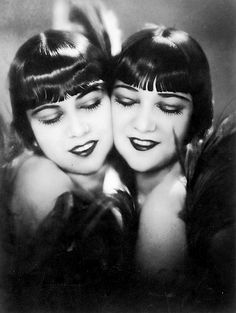 Sisters G by Manasse,c.1925     [attributed to Margaret Chute]