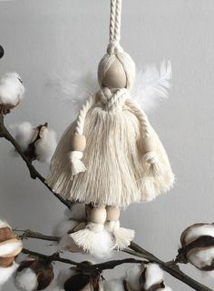 yarn and wood bead angel ornament // fort & field Diy Angels, Beaded Angels, Handmade Ornaments, Holiday Ornaments, Christmas Decorations, Easy Yarn Crafts, Diy And Crafts, Christmas Fabric Crafts, Macrame Projects