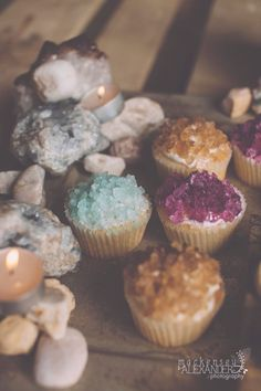 """Magical looking cupcakes using rock candy Ah. to pin this under """"Earth Science"""" or """"Cupcakes"""" ? Yummy Treats, Sweet Treats, Yummy Food, Just Desserts, Dessert Recipes, Gourmet Desserts, Plated Desserts, Let Them Eat Cake, Love Food"""