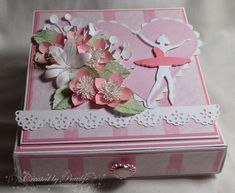 Baukje's Cards and Crafts: Easel Drawer Card