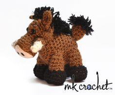 www.mkcrochet.com wp-content uploads 2013 06 warthog_3quarter_wm.jpg