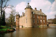 Kasteel De Slangenburg in Doetichem provincie Gelderland