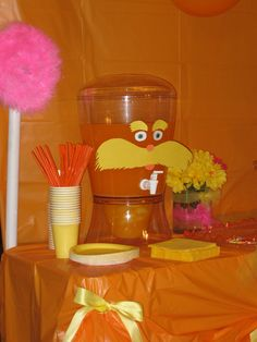 Lorax Party .... juice station.