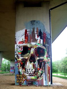 Amazing Skull Street Art, graffiti art, street art