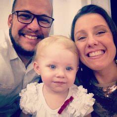 A família daqui deseja um Feliz Ano Novo e um 2016 cheio de amor fé e sabedoria para a família dai. Dre Lis e Vini  #familyfirst #familia #amor #respeito #fé #esperanca by viniancetti